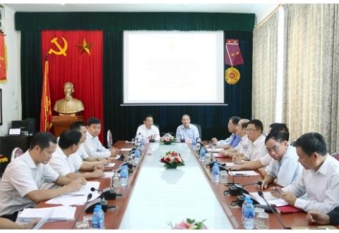 Bộ trưởng Bộ Tài nguyên và Môi trường thăm và làm việc với Trung ương Hội Nạn nhân chất độc da cam/dioxin Việt Nam.