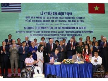 Hoa Kỳ và Việt Nam ký ghi nhận ý định về hỗ trợ người khuyết tật ở các điểm bị phun rải chất độc da cam